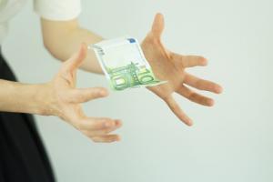 Czy warto założyć bankową lokatę?
